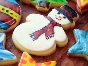 A Mom Not a Professional Nor a Perfectionist: A New Twist to Cookie decorating with your kids: Edible Cookie Paint