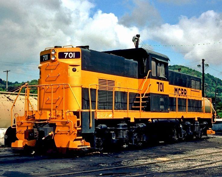 Monongahela Connecting Railroad, Alco C415 diesel-electric locomotive in Aliquippa, Pennsylvania, USA