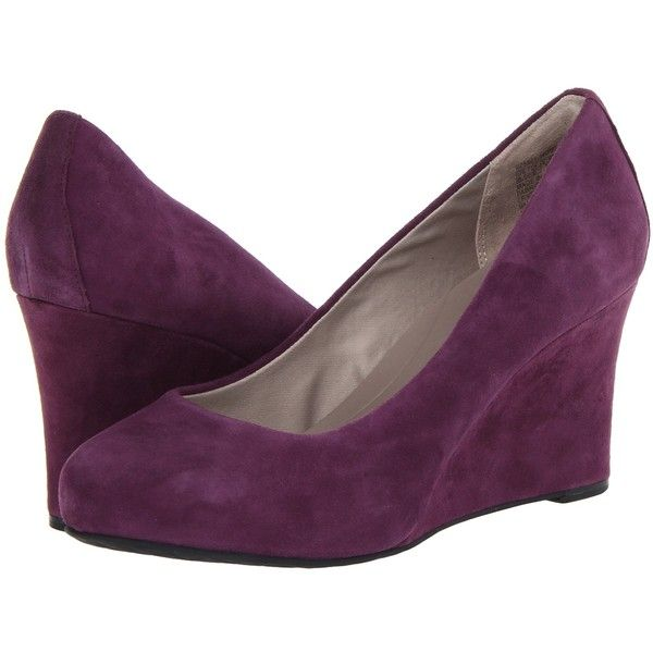 Rockport Seven to 7 W85 Wedge Pump High Heels, Purple ($63) ❤ liked on Polyvore featuring shoes, pumps, heels, sapatos, purple, wedges shoes, wedge heel pumps, platform shoes, platform pumps e purple wedge shoes
