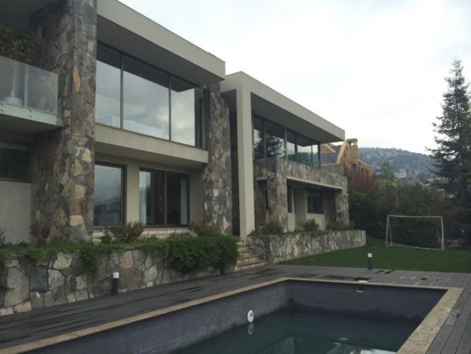 Excelente casa mediterránea con espectacular vista Informe de Engel & Völkers | T-1415101 - ( Chile, Región Metropolitana de Santiago, Lo Barnechea, Golf De Manquehue )