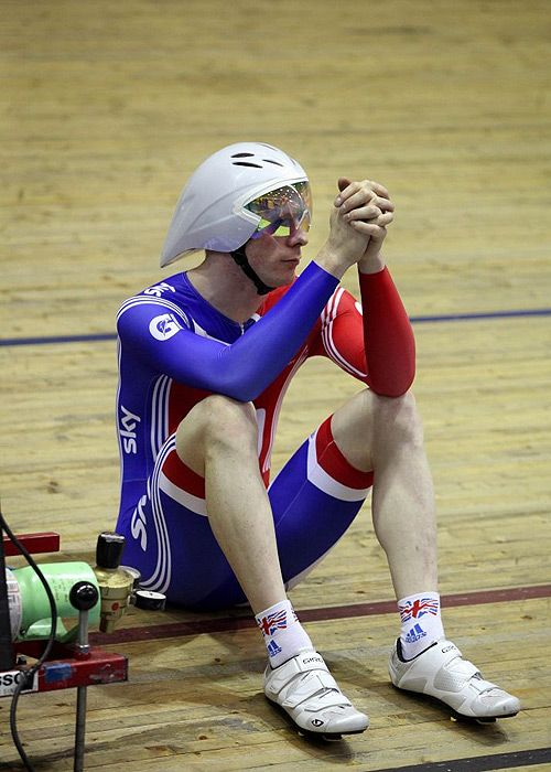 Great image of Ed Clancy from the Telegraph (alongside others) in a nice profile of the Team GB TP team, currently in Melbourne ready for the World Track Championships