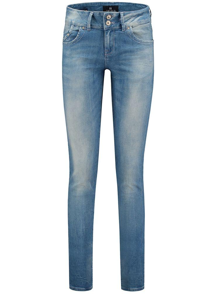 LTB Jeans MOLLY HIGHWAIST Skinny Fit 51065 cecita wash  Description: LTB Jeans molly highwaist Dames kleding Jeans lichte jeans wassing? 6995 ? Direct leverbaar uit de webshop van Express Wear  Price: 69.95  Meer informatie