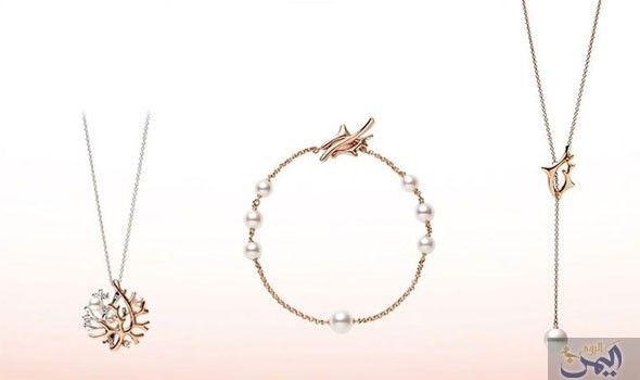 مجوهرات ميكيموتو تعرض تشكيلة مستوحاة بريق اللؤلؤ Arrow Necklace Cross Necklace Jewelry