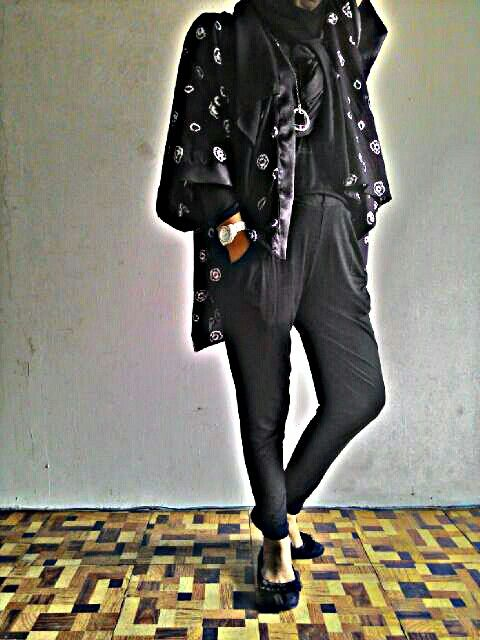 Kimono jumputan by ytopuss  Hareem pants by mycollection Matched each other to get elegant casual looks