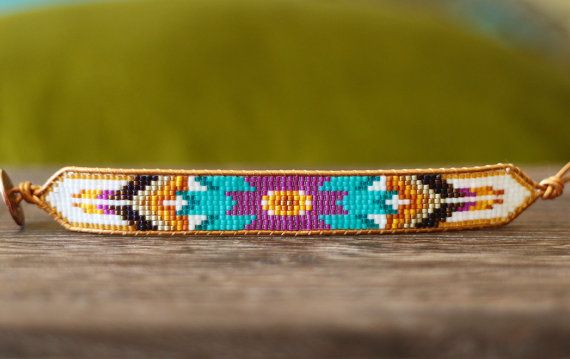 Turquoise Purple Seed Bead and Leather Tribal por LeiselHandmade