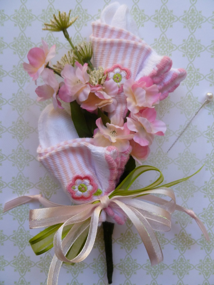 Mom To Be Baby Shower Corsage with Booties and Pacifier in Pink for Baby Girl...or Twin Baby Corsage with 2 pair of Socks