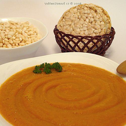 Hustá zeleninová polévka, spíšepyré, je velice šetrná knašemu zažívání. Jakodietní jídloji mohou zařadit lidé strávicími problémy, ale iti, co chtějí zhubnout nebo nepřibrat. Zeleninuočistíme, překrájíme na menší kousky a v hrnci zalijeme vodou asi