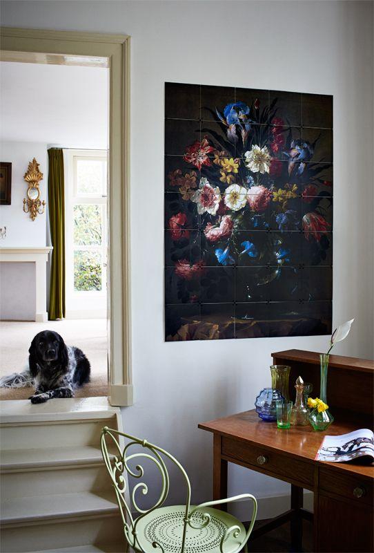 Prado image bank - Flowers in a crystal vase