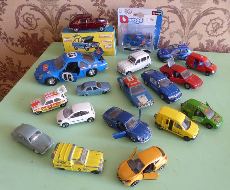French cars have a certain Gallic charm. In real life I had two French Cars (a Citroen ZX and a Peugeot 306). I never had a Renault, although I did consider a 19 once. In my collection of models, I…