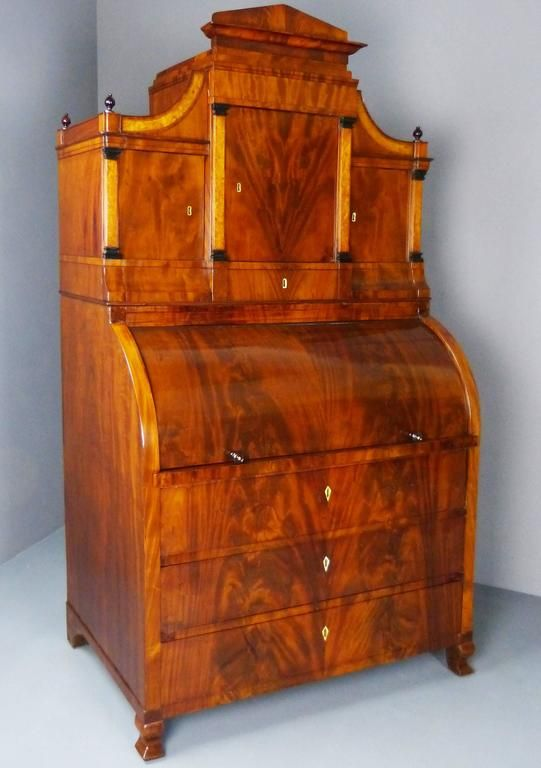 19th Century Biedermeier Bureau Secretaire With Cylinder Top