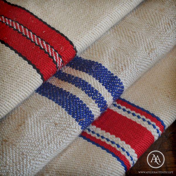 Vintage grain sacks by Atelier Autêntico | Sacos de juta/grãos