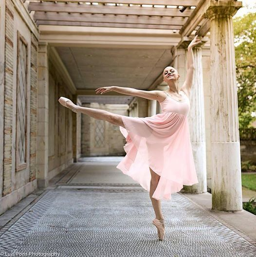 Bald Ballerina. Learn more about this amazing dancer! (Photo by Luis Pons)