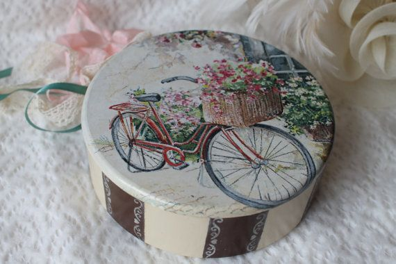 Wooden Jewelry Box Valentines gift Romantic gift Valentines days Candy Box Storage Box Box for sewing Rustic style Keepsake Round box