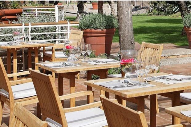 Cafe Veranda. www.albertalagrup.com