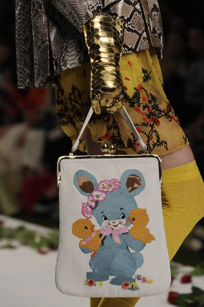 Meadham Kirchhoff Spring 2014 - Details FOLLOW MY BLOG : c-raze.blogspot.be OR facebook.com/ColumnCraze fashionblog ©CrazeColum