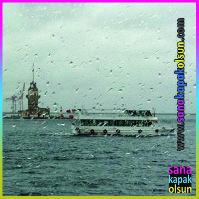 Şemsiyesiz çıkmayalım. Vapurdaysanız böyle bir manzaranın tadını çıkartın :)   www.sanakapakolsun.com #sanakapakolsun