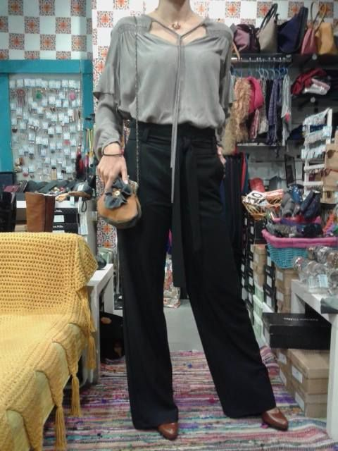 shirt + trouser Eleria Cortes + high heels leather Patricia Miller + handmade bag Dafne