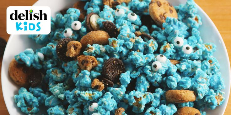 Making Cookie Monster Popcorn Video — Cookie Monster Popcorn Recipe How To Video