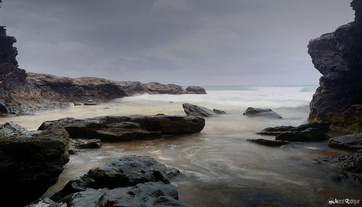valla beach - the cave