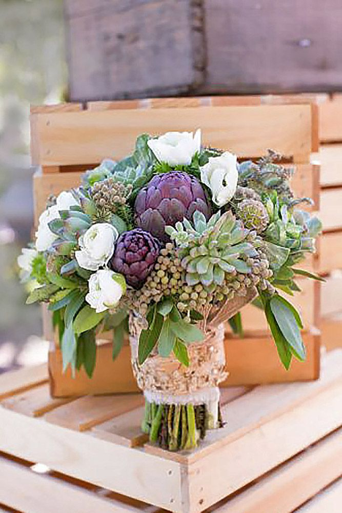 30 Stunning Winter Wedding Bouquets ❤ See more: http://www.weddingforward.com/winter-wedding-bouquets/ #weddings #bouquets