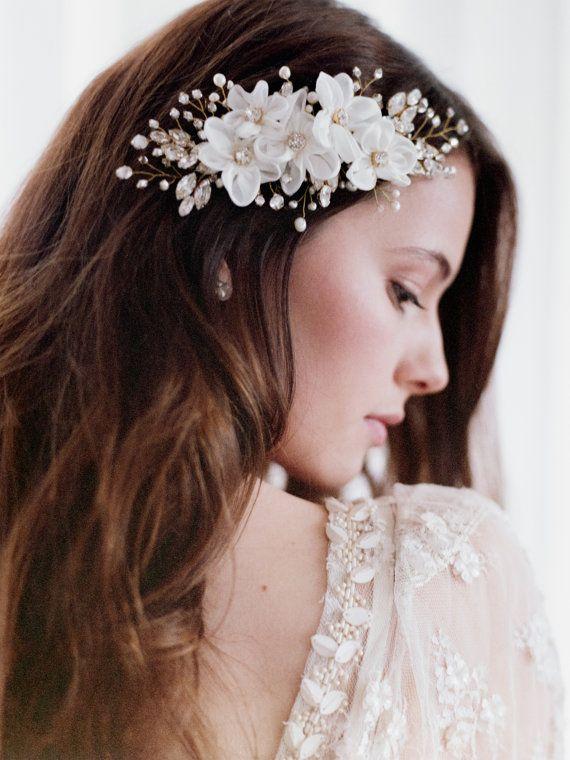 Bridal hair comb Wedding Hair Accessories by TheWeddie on Etsy, €200.00: Accesorios para el cabello