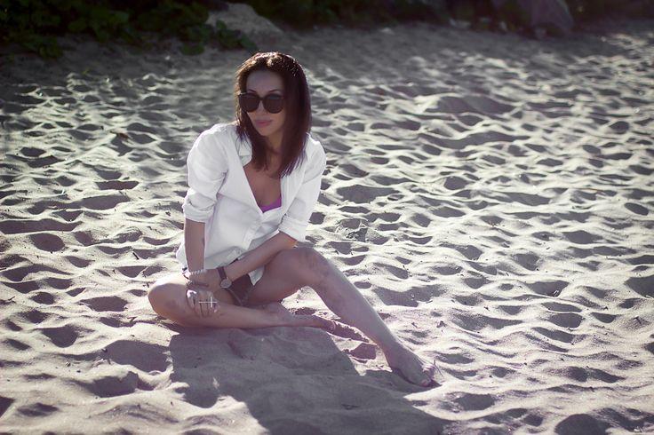 Beach style #Beach #style #white #shirt #denim #shorts