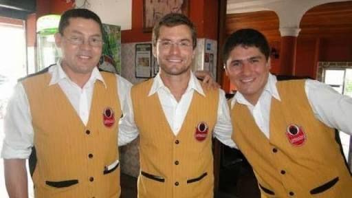 Resultado de imagem para uniformes para lanchonetes e restaurantes elegantes