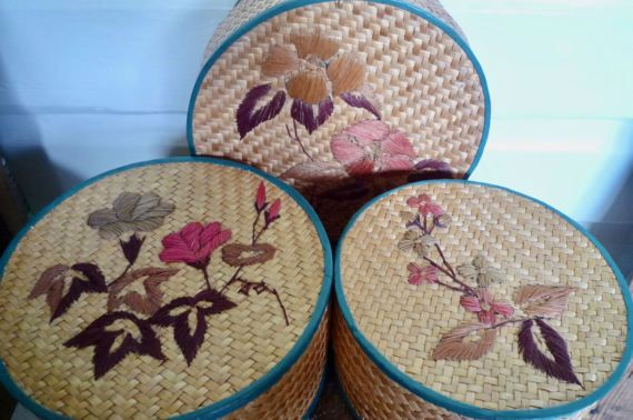 Nesting bamboo sewing baskets raffia embroidered lids - c1960s round bamboo baskets