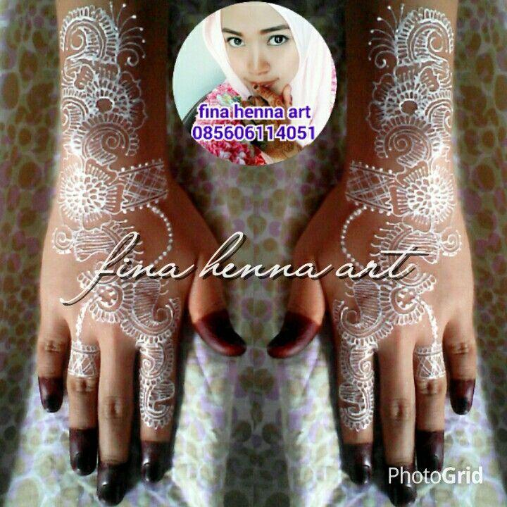 Henna wedding with white henna