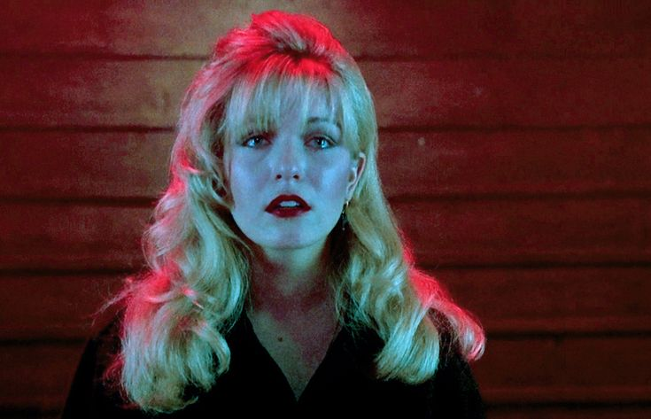 Laura Palmer - Twin Peaks - The lighting and color are everything