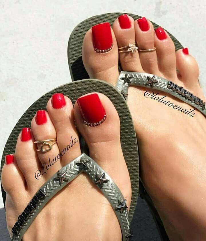 Есть ли мужчины фетишисты длинных ногтей на ногах фото видео