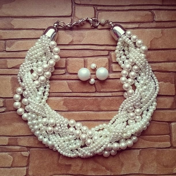 pearl handmade necklace