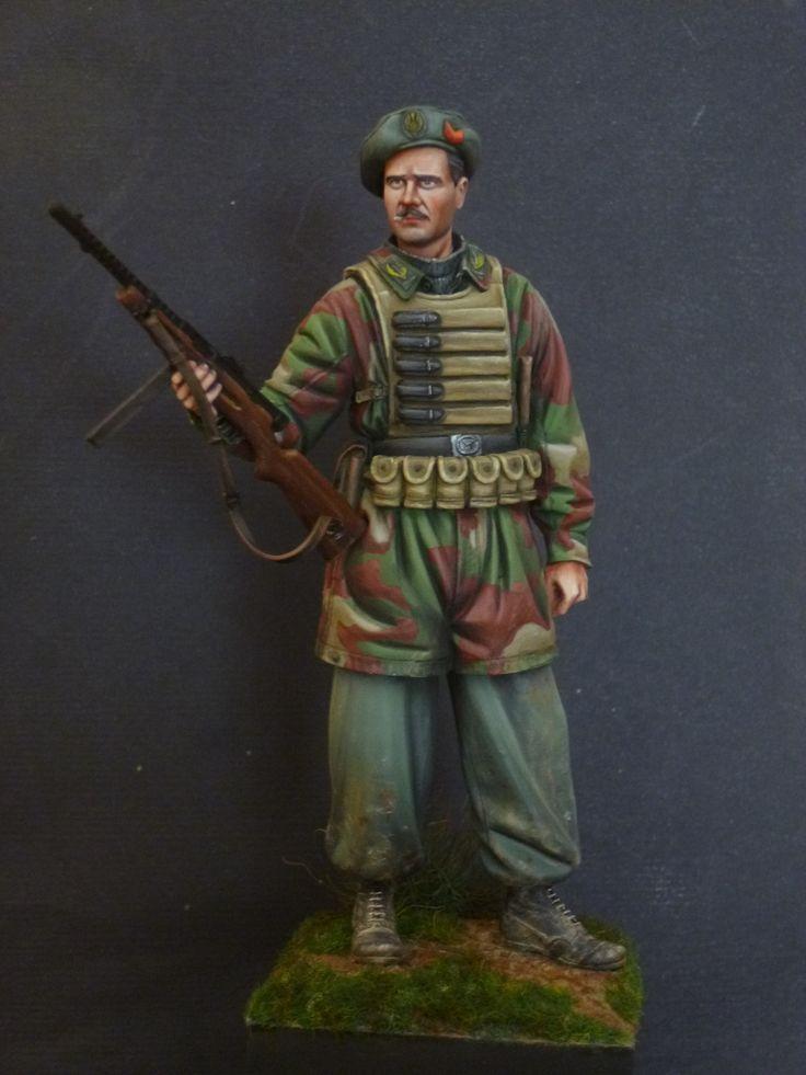 Italian paratrooper | ww2 | Pinterest