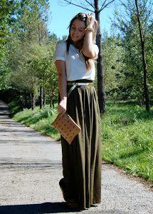 5 Looks con una falda larga en verde militar. Nuestras amigas de 4estilos nos dejan algunas ideas de inspiración para combinar una falda larga en verde militar