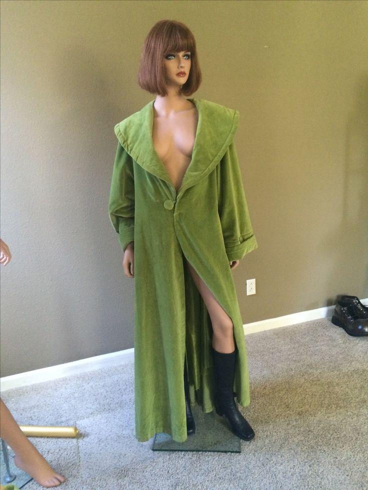 Maude Lebowski's green robe.