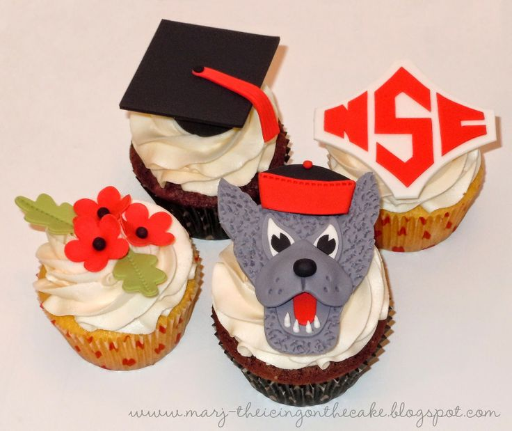 18 best images about Graduation Cakes & Cookies on ...