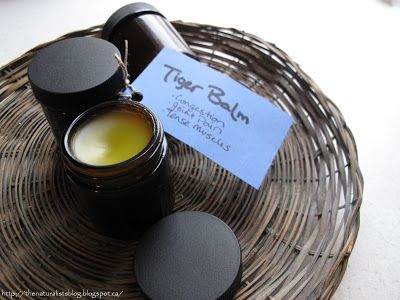 "Great recipe for Homemade ""Tiger Balm"" (and variations to make Vap-o Rub)"