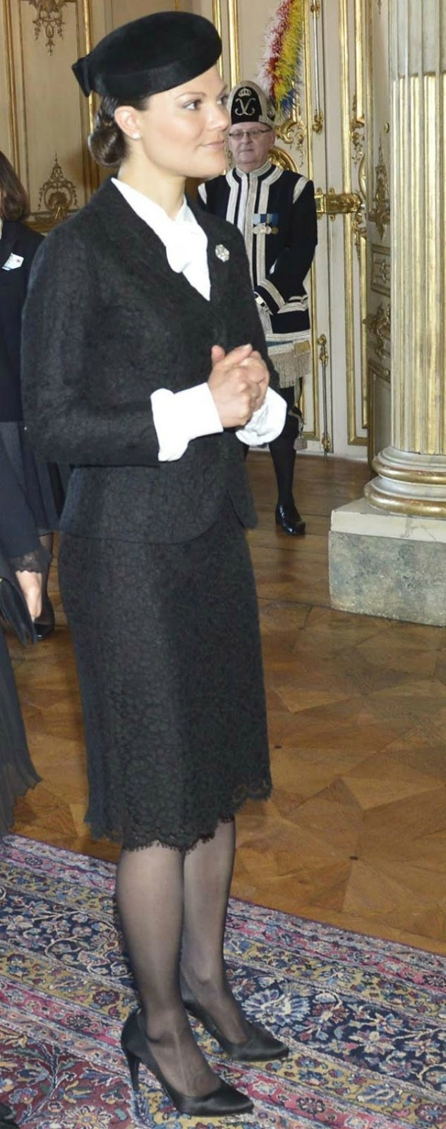 MYROYALS  FASHİON: Crown Princess Victoria, in mourning for Princess Lilian, welcomes a state visit from Turkey to Sweden