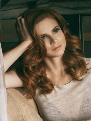Sarah Rafferty - She is GORGE!