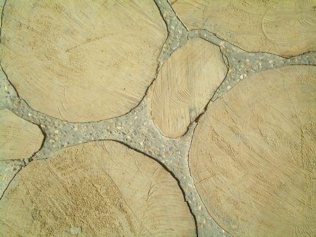 Pisos en rodajas de madera para el DOMO CAÑA, con dilataciones de granito, sobre arena apisonada para nivelar. RISARALDA / COLOMBIA Arq, Lucia E Garzon
