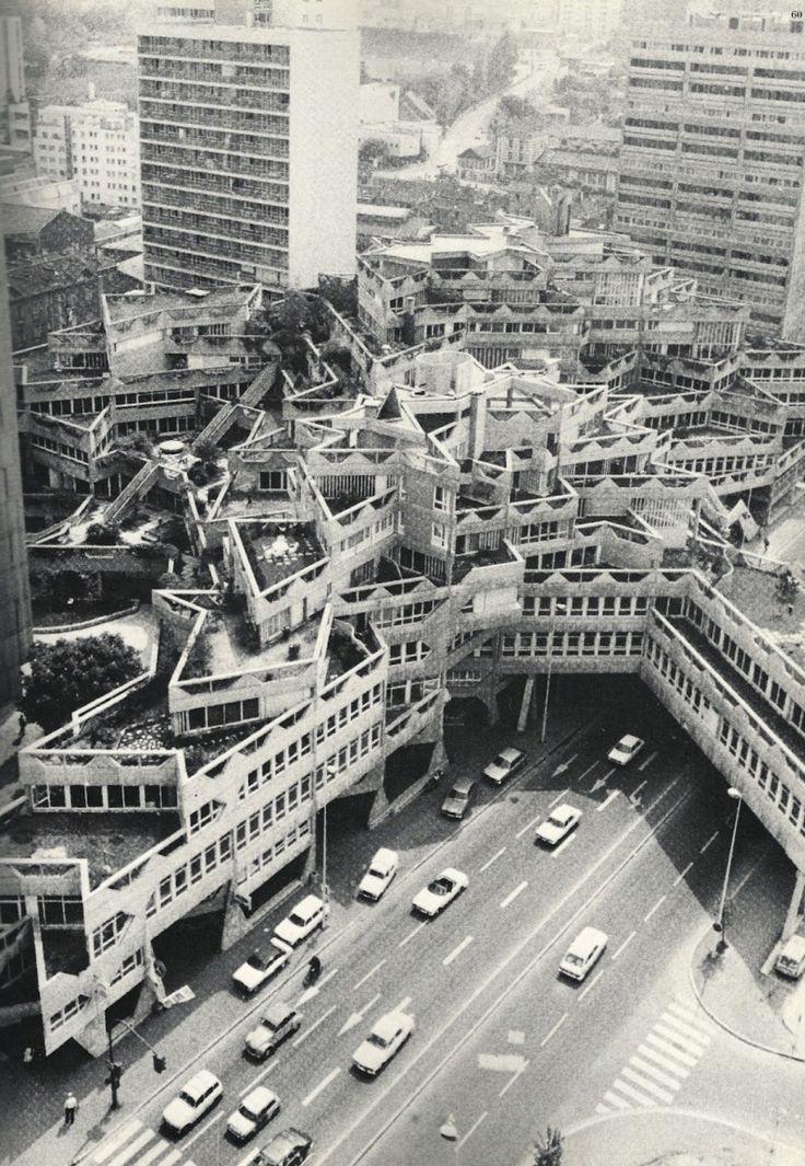 Jean Renaudie & Renee Gailhoustet's housing building in Ivry-Sur-Seine (1969-1975). CLAAAASSIC