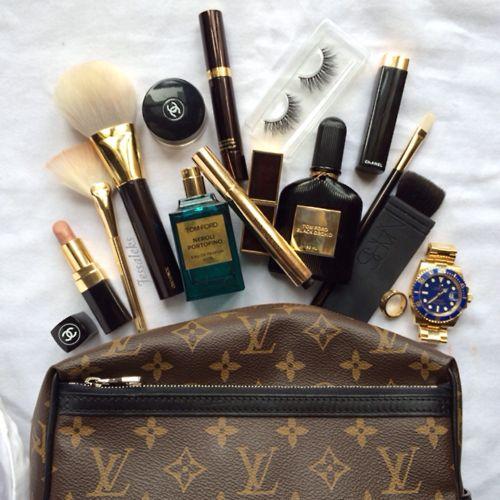 Ford, Chanel, St Laurent, Vuitton...