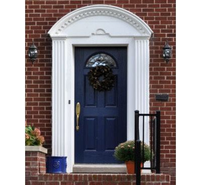 This transom is great. Would be better if paired with a red door.