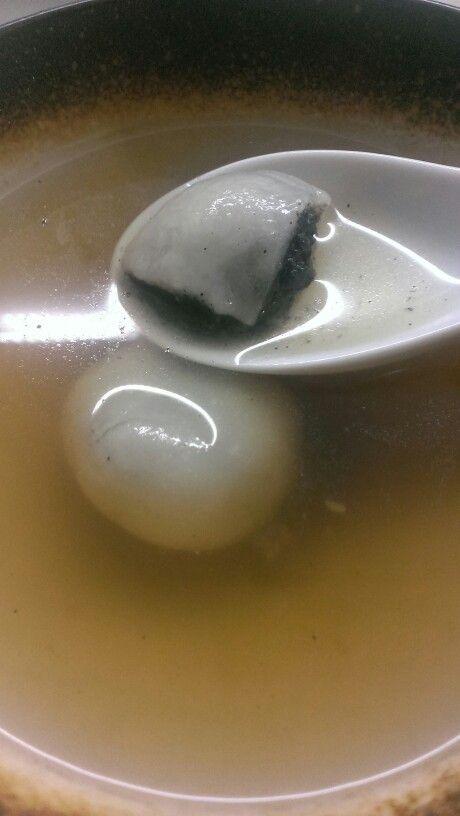 黑芝麻湯圓