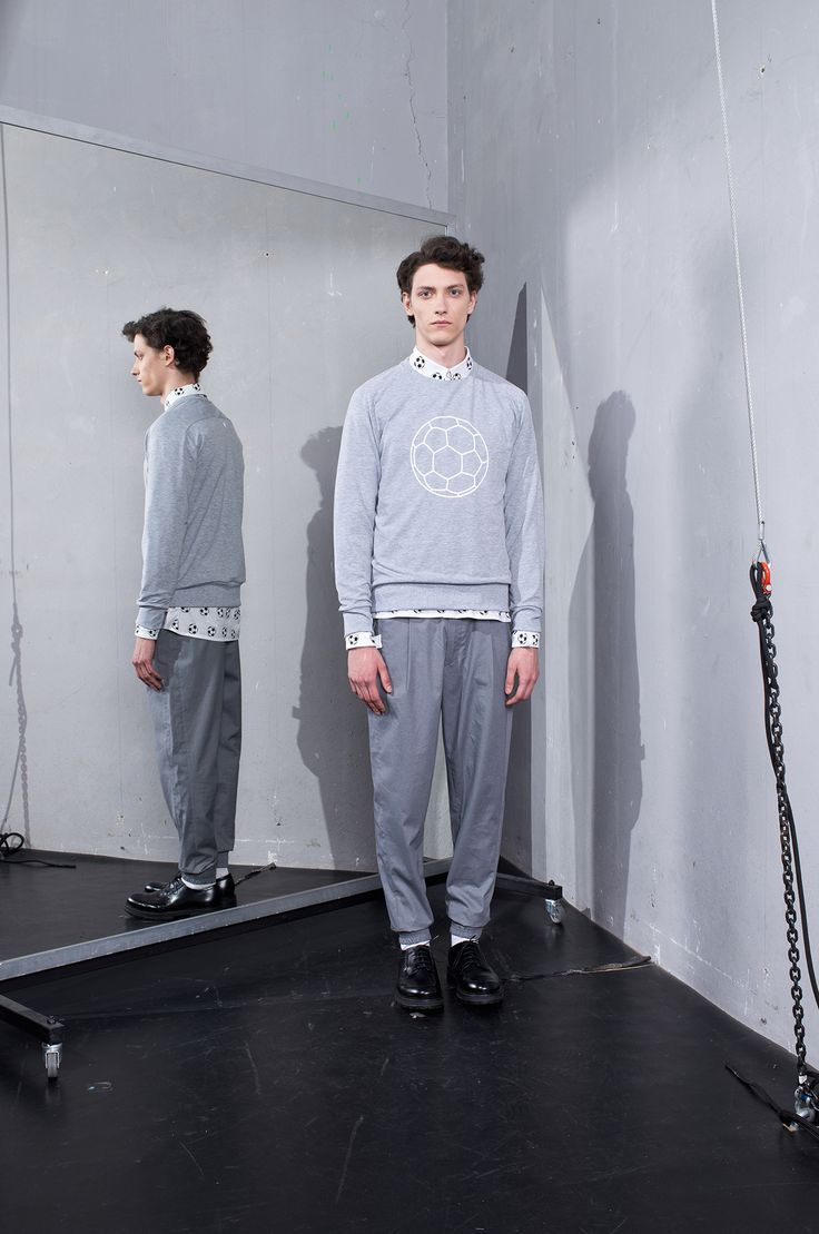 MEI KAWA   Football Graphic Grey Sweatshirt