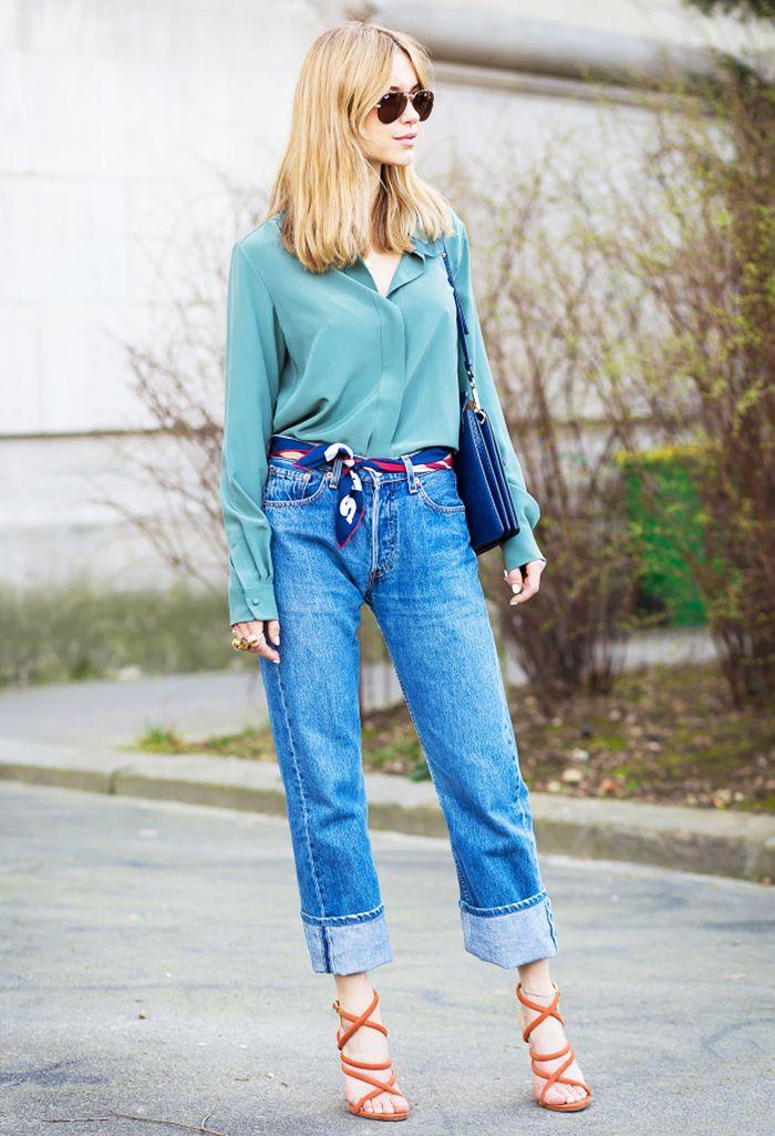 Green blouse + jeans + orange strappy heels