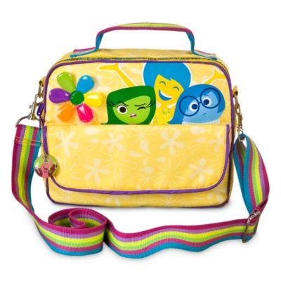Este original bolso reversible puede llevarse de cuatro formas diferentes, ¡y podrás elegir el que prefieras según tu estado de ánimo! Tiene un diseño amarillo con ilustraciones de los personajes en uno de los lados y un estampado en el otro lado, y puede llevarse como mochila o como bandolera es de la pelicula intensamente