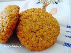 Betty's Cuisine: Μπισκότα με βρώμη, μέλι και καρύδια