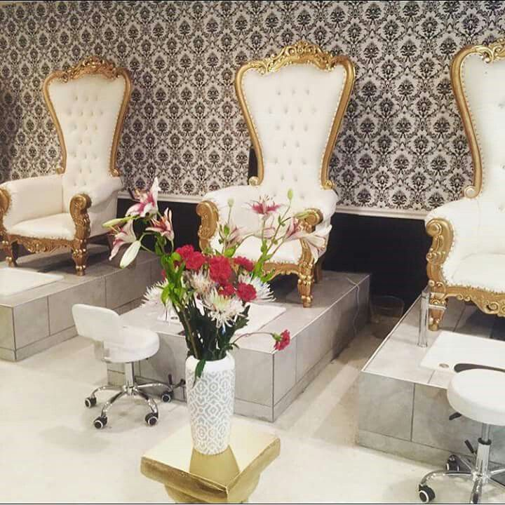 204 Best SAVVY ENTICING SALON And SPA SETUPS Images On