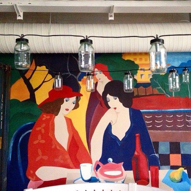 Nice painting ladies and lighting garland made from simple glass jars for the new project FoodPark by @ginzaspb  Design by @megreinteriors  @Irinakrivtsova @tanyaredina   #painting #light #jars #wine #wall #art #design #decor
